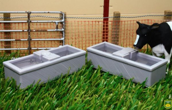 BRUSHWOOD TOYS 1:32 SCALE BT3058 WATER TROUGHS X 2