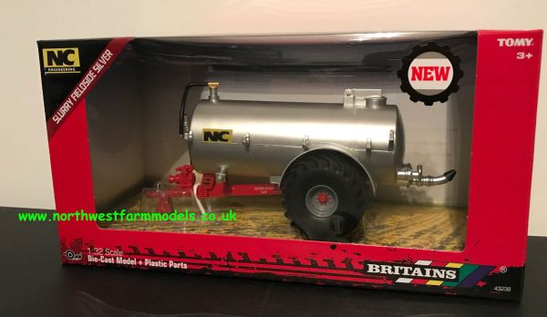 43238 BRITAINS 1:32 SCALE NC 2500G FIELD SIDE TANKER SILVER