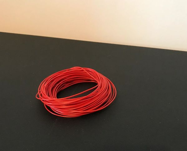 1/32 FARM MODEL, 1 METRE HYDRAULIC, TRAILER AIRLINE HOSE, PIPE, WIRE - RED