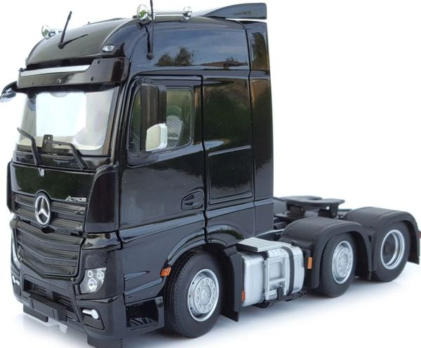 MARGE MODELS 1910-02 1:32 SCALE MERCEDES-BENZ ACTROS BIGSPACE 6x2 BLACK