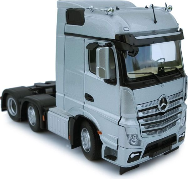 MARGE MODELS 1910-03 1:32 SCALE MERCEDES-BENZ ACTROS BIGSPACE 6x2 SILVER
