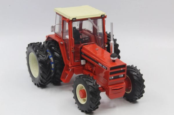 REPLICAGRI 1:32 SCALE RENAULT 1181 WITH REAR DUALS