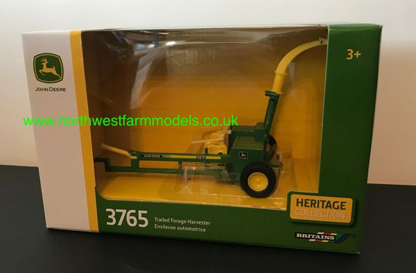 43152A1 BRITAINS 1:32 SCALE JOHN DEERE 3765 TRAILED FORAGE HARVESTER