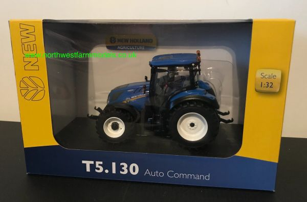 UNIVERSAL HOBBIES 5365 1:32 SCALE New Holland T5.130 (2019)