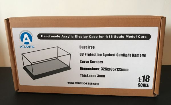 ATLANTIC 1:18 SCALE DISPLAY CASE (325mmX165mmX125mm) WITH BLACK LEATHER STITCHED BASE