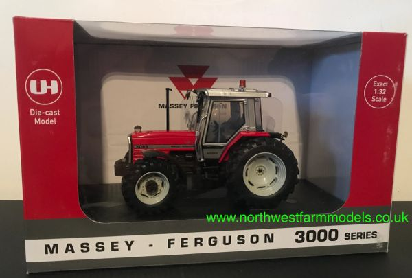 UNIVERSAL HOBBIES 6236 1:32 SCALE MASSEY FERGUSON 3095 LIMITED EDITION 1000 PIECES