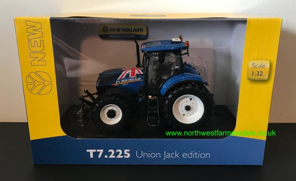 UNIVERSAL HOBBIES 4901 1:32 SCALE NEW HOLLAND T7.225 UNION JACK EDITION