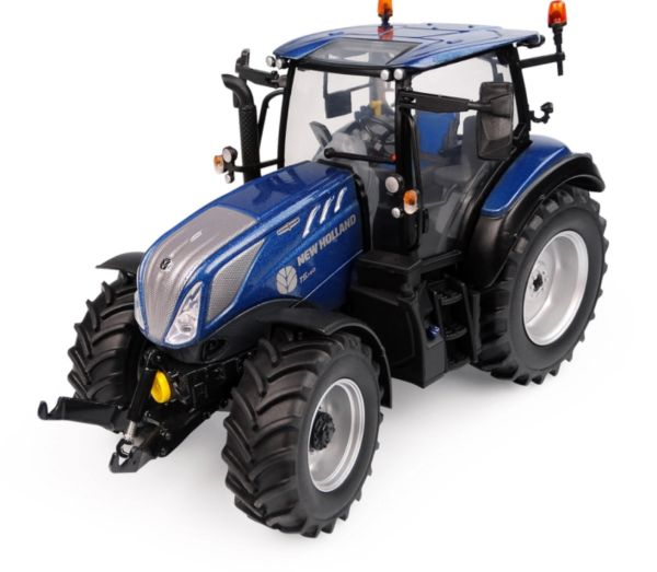 UNIVERSAL HOBBIES 6223 1:32 SCALE NEW HOLLAND T5.140 BLUE POWER LOW ROOF