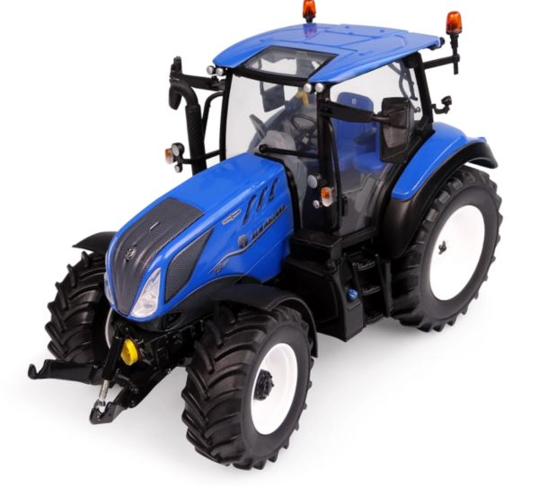 UNIVERSAL HOBBIES 6222 1:32 SCALE NEW HOLLAND T5.130 LOW ROOF