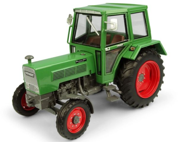 UNIVERSAL HOBBIES 5314 1:32 SCALE FENDT FARMER 108 LS WITH CAB