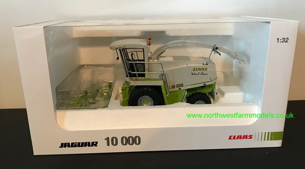 UNIVERSAL HOBBIES 1:32 SCALE CLAAS JAGUAR 10000 FORAGE HARVESTER LIMITED EDITION