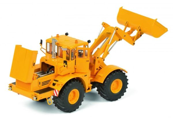 SCHUCO 1:32 SCALE KIROVETS K-700M WITH LOADING SHOVEL