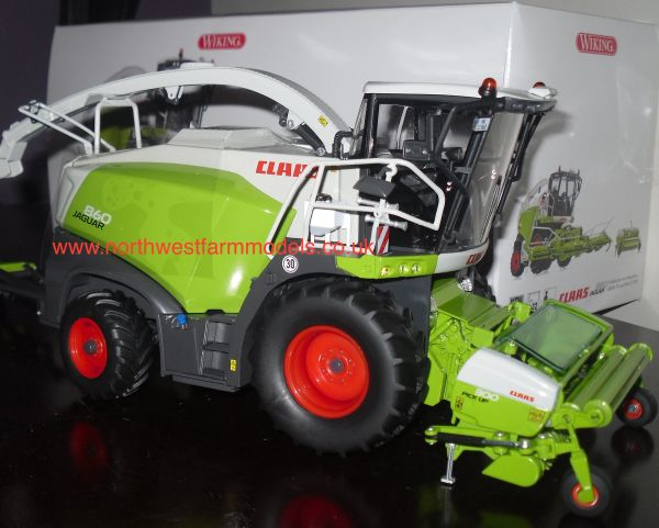 077812 WIKING 1/32 CLAAS JAGUAR 860 FORAGE HARVESTER WITH ORBIS 750 MAIZE HEADER AND PU300 GRASS PICK UP HEADER
