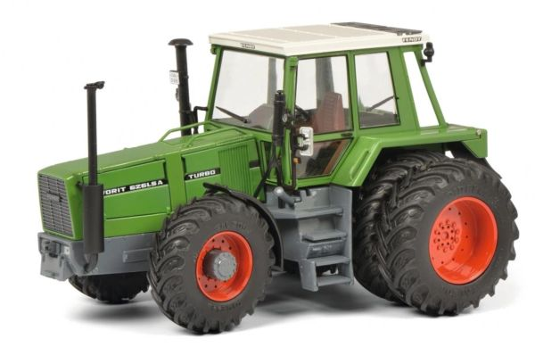SCHUCO 1:32 SCALE FENDT 626 LSA WITH REAR DUALS