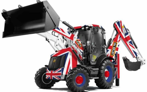 BRITAINS 42811 1:32 SCALE JCB 3CX 75 YEARS ANNIVERSARY UNION JACK EDITION