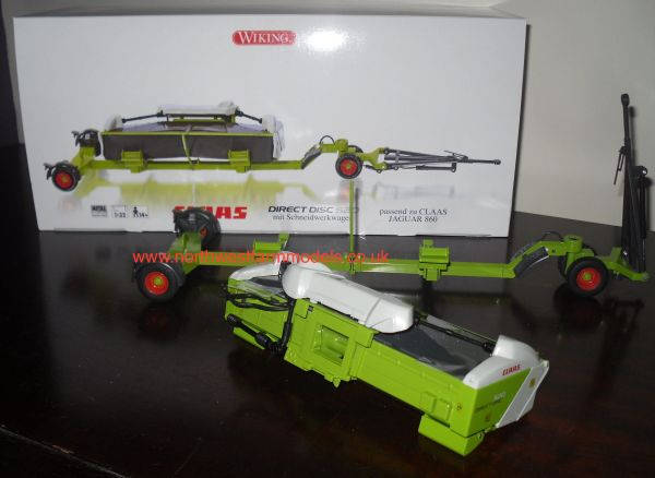 Wiking 077825 1/32 Scale Claas Direct Disc 520 with Transport Trailer