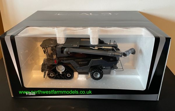ROS 1:32 SCALE FENDT IDEAL 9T COMBINE HARVESTER WITH 2 HEADERS