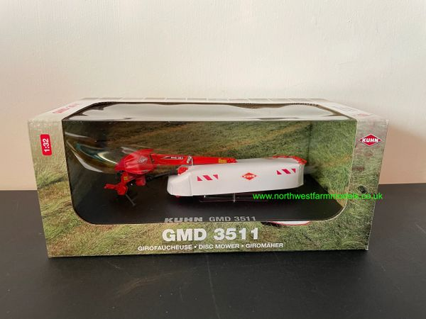 UNIVERSAL HOBBIES 5383 1:32 SCALE KUHN GMD 3511 DISC MOWER