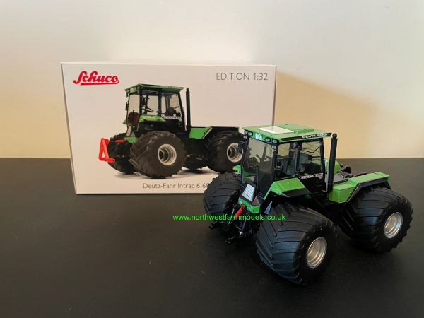 SCHUCO 1:32 SCALE DEUTZ FAHR INTRAC 6.60 WITH FLOTATION WHEELS