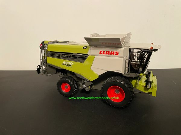 MARGE MODELS 1:32 SCALE CLAAS LEXION 8700 WHEELED COMBINE HARVESTER WITH GRAIN HEADER