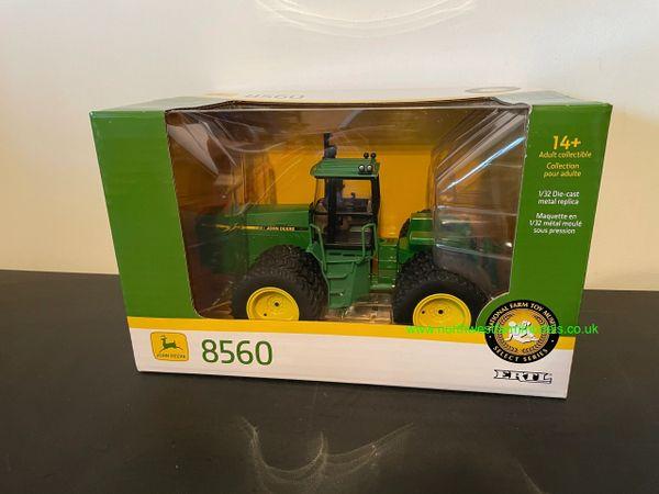 ERTL 1:32 SCALE 45751 JOHN DEERE 8560 4WD TRIPLE WHEELED 2020 FARM SHOW EDITION