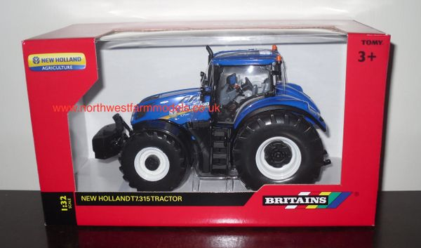 43149A1 BRITAINS FARM 1/32 SCALE NEW HOLLAND T7.315 MODEL TRACTOR