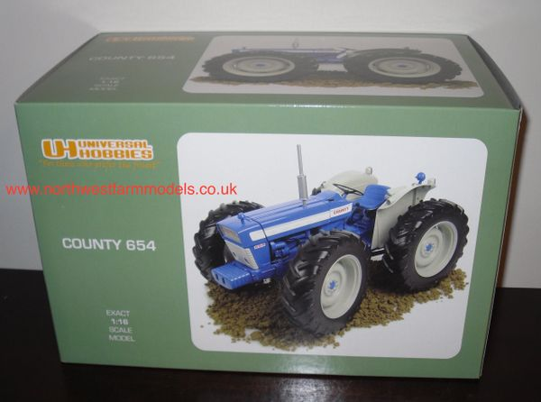 UH2826 1/16 SCALE COUNTY 654 TRACTOR
