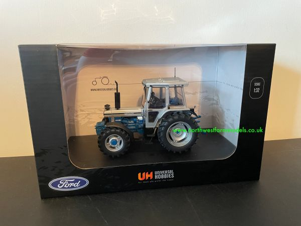 UNIVERSAL HOBBIES 2882 1:32 SCALE FORD 7810 SILVER JUBILEE EDITION