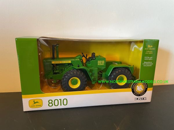 ERTL 45664A 1:32 SCALE JOHN DEERE 8010 4WD 2018 NATIONAL TOY SHOW MUSEUM EDITION