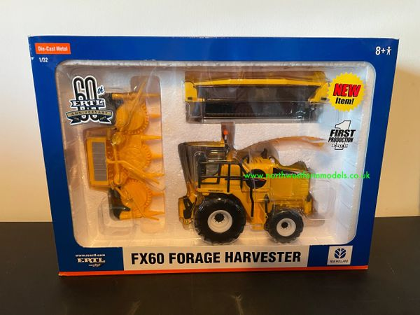 ERTL 40832 1:32 SCALE NEW HOLLAND FX60 FORAGE HARVESTER WITH GRASS AND MAIZE HEADER