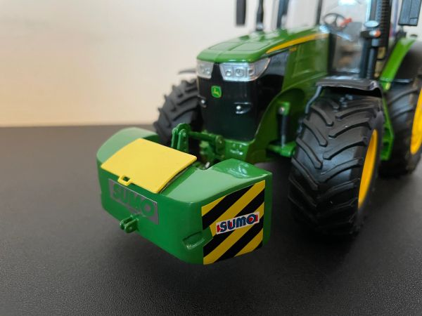 1:32 SCALE FRONT SUMO WEIGHT GREEN WITH YELLOW LID