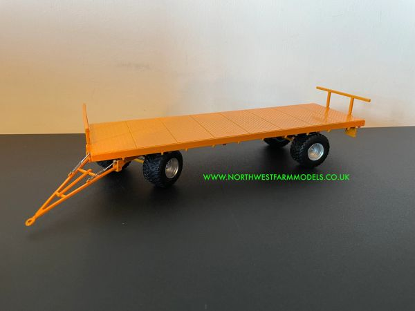 MARGE MODELS 1:32 SCALE FLATBED TRAILER - YELLOW