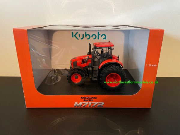 UNIVERSAL HOBBIES 1:32 SCALE KUBOTA M7172 WITH REAR DUALS