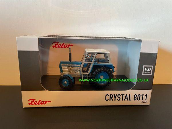 UNIVERSAL HOBBIES 5246 1:32 SCALE ZETOR CRYSTAL 8011 2WD