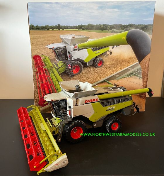 MARGE MODELS 1:32 SCALE CLAAS LEXION 6900 COMBINE HARVESTER WITH HEADER AND TRAILER