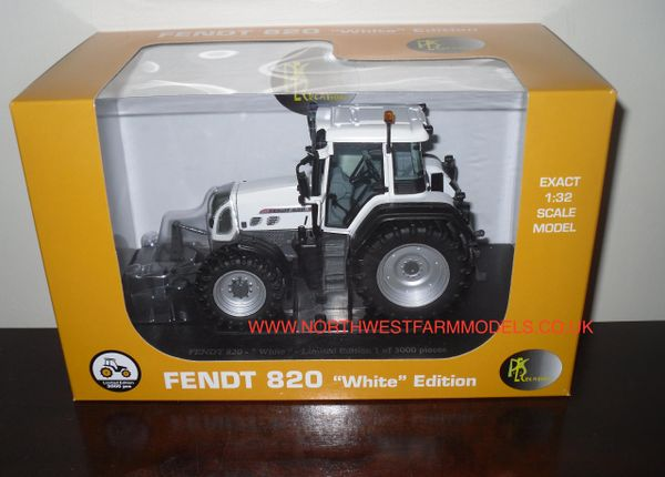 "UH4035 UNIVERSAL HOBBIES 1/32 SCALE PES CREATION FENDT 820 VARIO ""WHITE"" LIMITED EDITION"