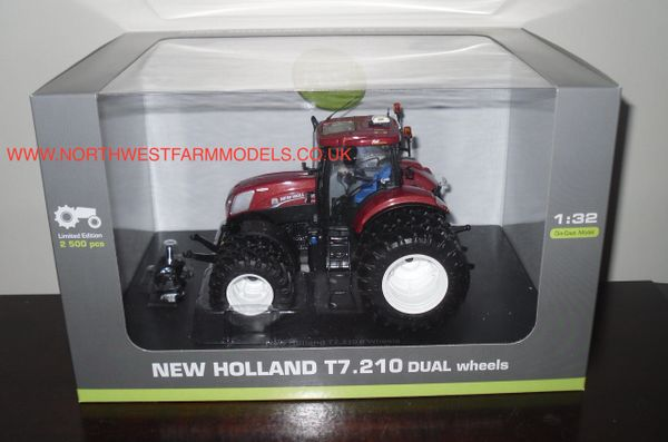 """UNIVERSAL HOBBIES 1/32 SCALE NEW HOLLAND T7.210 """"TERRACOTTA"""" LIMITED EDITION DUAL WHEELS"""