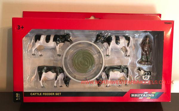43137A1 BRITAINS FARM 1/32 SCALE CATTLE FEEDER SET