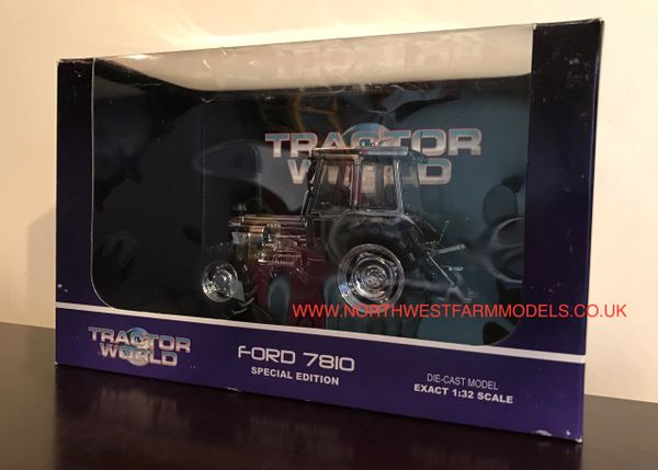 4022 UNIVERSAL HOBBIES 1/32 SCALE FORD 7810 TRACTOR WORLD 2011 SHOW MODEL LIMITED EDITION