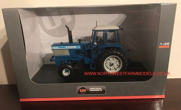 UH4026 UNIVERSAL HOBBIES 1/32 SCALE FORD TW-25 1983 (4X2) MODEL TRACTOR