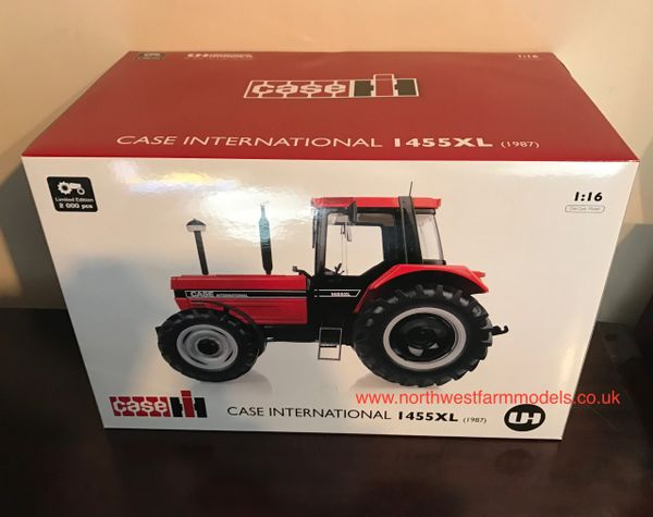 UH4160 UNIVERSAL HOBBIES 1/16 SCALE CASE INTERNATIONAL 1445XL (1987) LIMITED EDITION