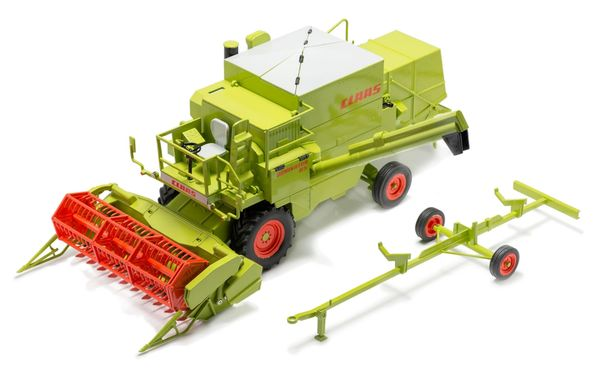 USK SCALEMODELS 1/32 SCALE CLAAS DOMINATOR 85 *LIMITED EDITION*