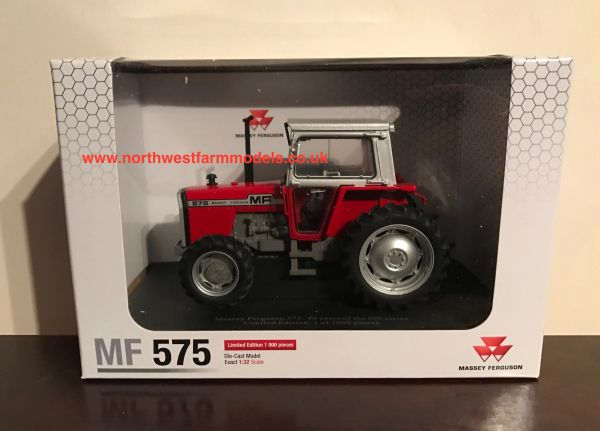 5203 UNIVERSAL HOBBIES 1/32 SCALE MASSEY FERGUSON 575 MKII LIMITED EDITION