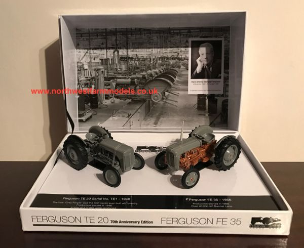 5206 UNIVERSAL HOBBIES 1/32 SCALE FERGUSON FE35 & TE20 70TH ANNIVERSARY SET