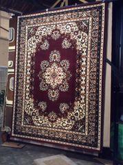 Cranberry persian design 8x11 machinemade rug