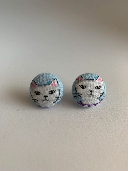 White Face Cat Fabric Button Earrings