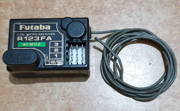 FUTABA R136FA 3 CHANNEL FM RECEIVER 40MHZ