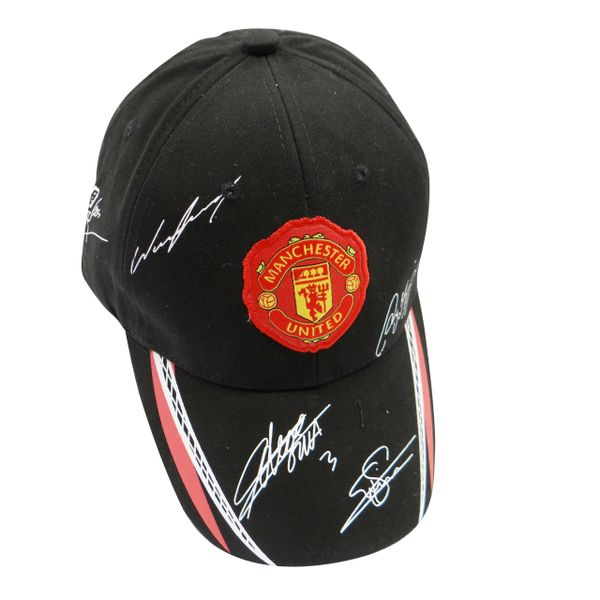 MANCHESTER UNITED BLACK WITH RED LOGO FIFA SOCCER WORLD CUP EMBOSSED HAT CAP .. HIGH QUALITY .. NEW