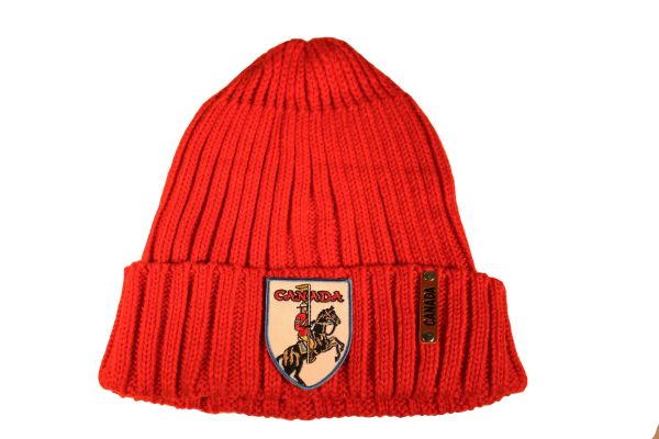 CANADA Royal Canadian Mounted Police Patch , Red Warm BEANIE TOQUE HAT
