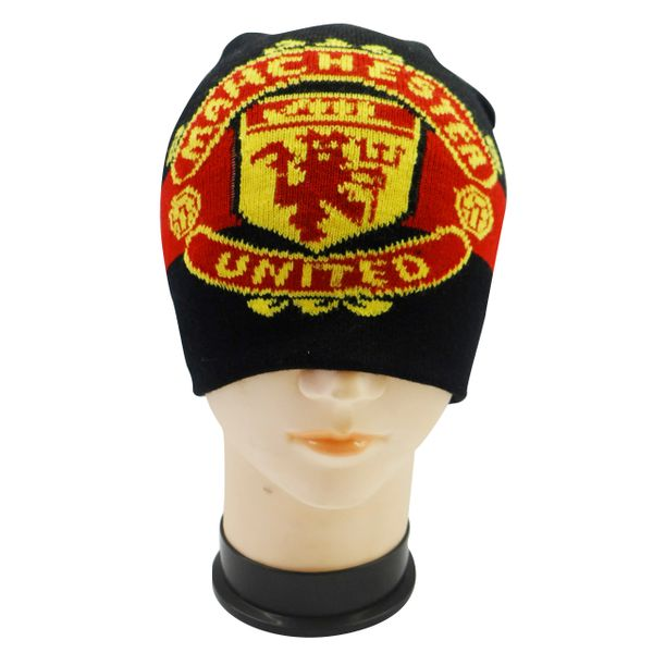 MANCHESTER UNITED BLACK WITH LOGO FIFA SOCCER WORLD CUP TOQUE HAT .. NEW